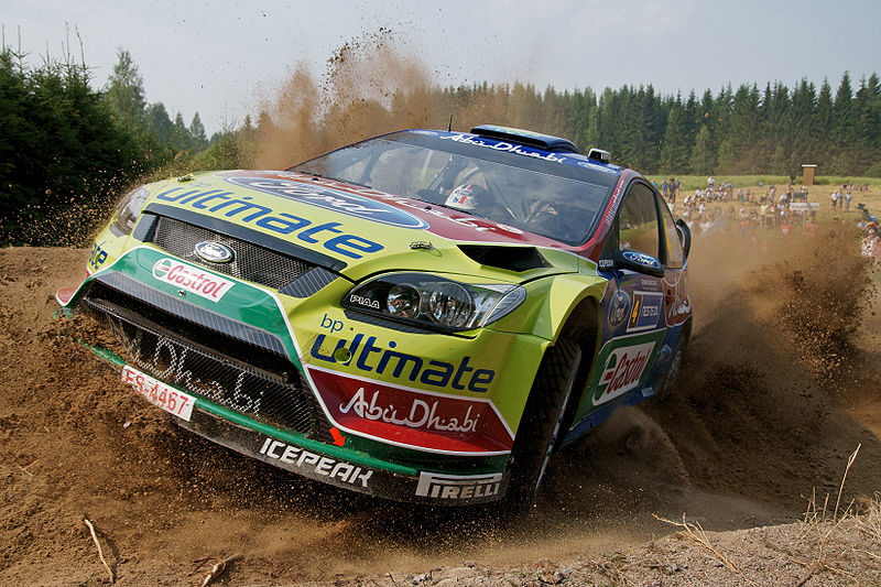 800px-Neste_Oil_Rally_2010_-_Jari-Matti_Latvala_in_shakedown