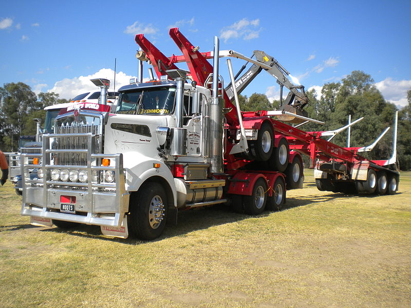 First_Choice_of_Myrtleford_logging_truck